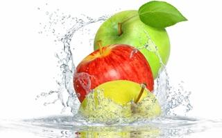 Она действует как растворитель для питательных веществ и солей, помогая им лучше усваиваться
